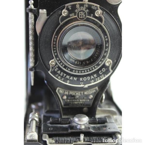 Cámara de fotos: Antigua cámara de fotos de fuelle Kodak - Foto 4 - 164147950
