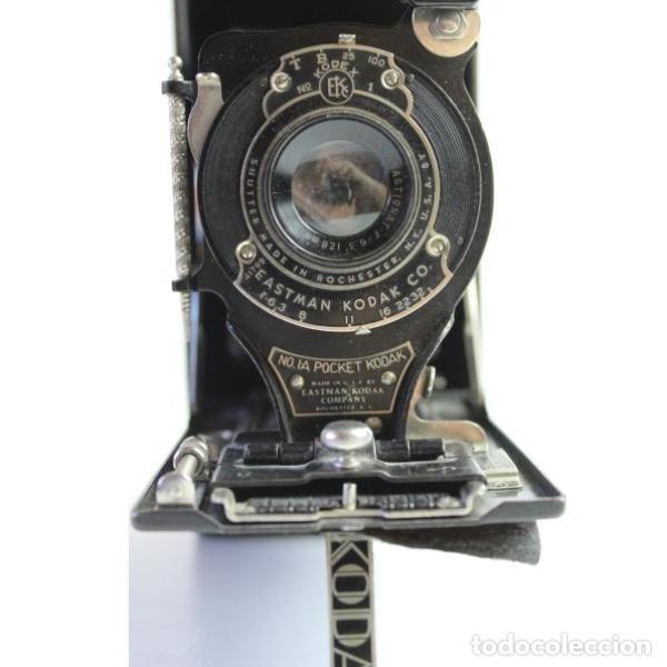 Cámara de fotos: Antigua cámara de fotos de fuelle Kodak - Foto 5 - 164147950