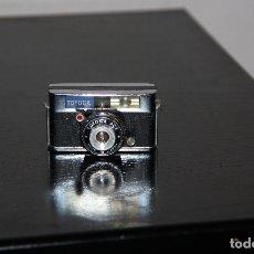 Cámara de fotos: MINI CAMARA TOYOCA. Lote 165665018