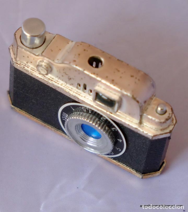 Cámara de fotos: Encendedor en forma de mini cámara - Foto 2 - 169171692