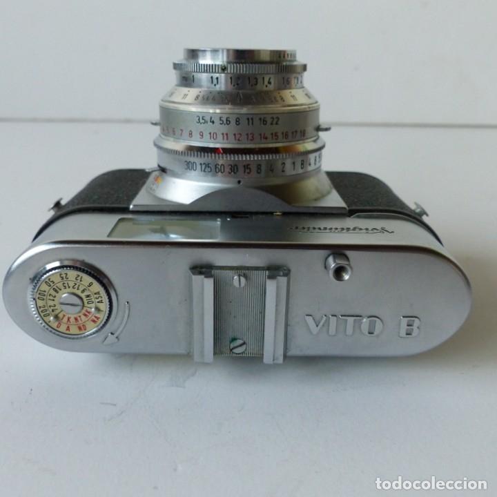 Cámara de fotos: Cámara VOIGTLANDER VITO B con su funda de ceuro original.Objetivo color Skopar 1:3,5 50 mm. - Foto 5 - 172893843