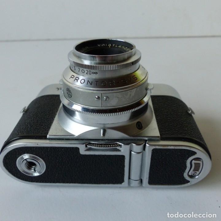 Cámara de fotos: Cámara VOIGTLANDER VITO B con su funda de ceuro original.Objetivo color Skopar 1:3,5 50 mm. - Foto 6 - 172893843