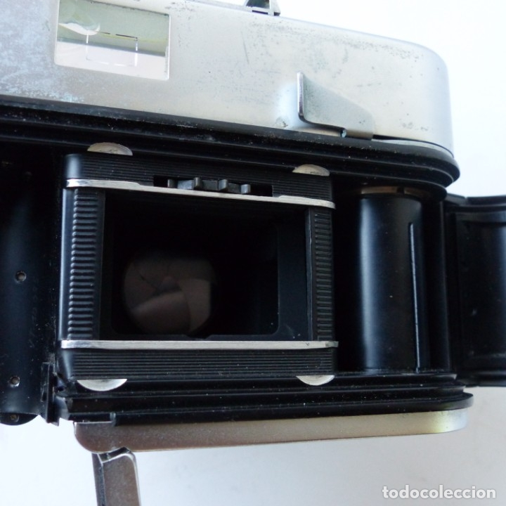 Cámara de fotos: Cámara VOIGTLANDER VITO B con su funda de ceuro original.Objetivo color Skopar 1:3,5 50 mm. - Foto 10 - 172893843