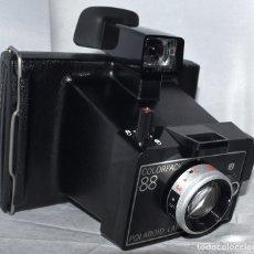 Cámara de fotos: INSTANT..POLAROID COLORPACK 88..INGLATERRA 1980..MUY BUEN ESTADO..FUNCIONA,..PELICULA TIPO 80 FILM. Lote 178888891