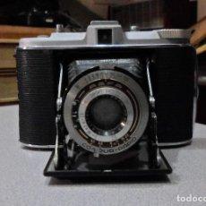 Cámara de fotos: CAMARA DE FUELLE AGFA ISOLETTE I 1953. Lote 182665210