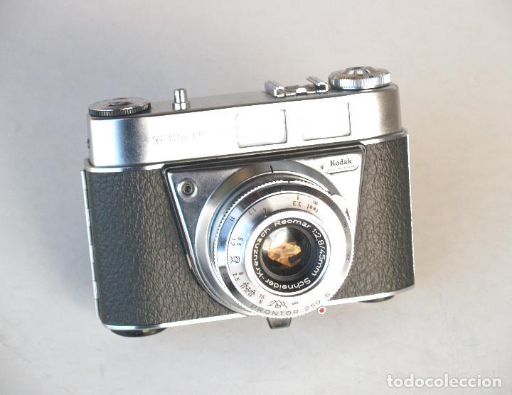 Cámara de fotos: *c1964* • Kodak AG RETINETTE IA (type 044) • Schneider REOMAR f2.8 PRONTOR 250 - Foto 6 - 190526081