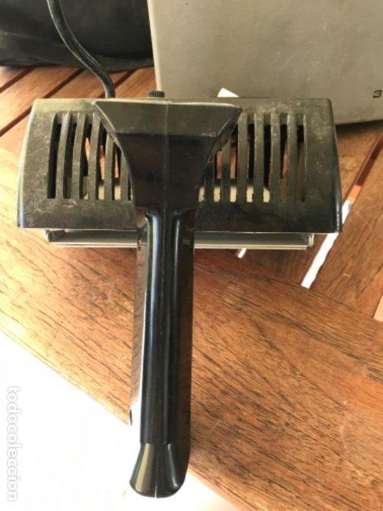 Cámara de fotos: Antigua Cámara Fotos Polaroid 320. Automática. De fuelle. Con Flash y funda. - Foto 12 - 193610171