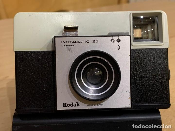KODAK INSTAMATIC 25 A 1 FABRICADA EN ESPAÑA (Cámaras Fotográficas - Clásicas (no réflex))
