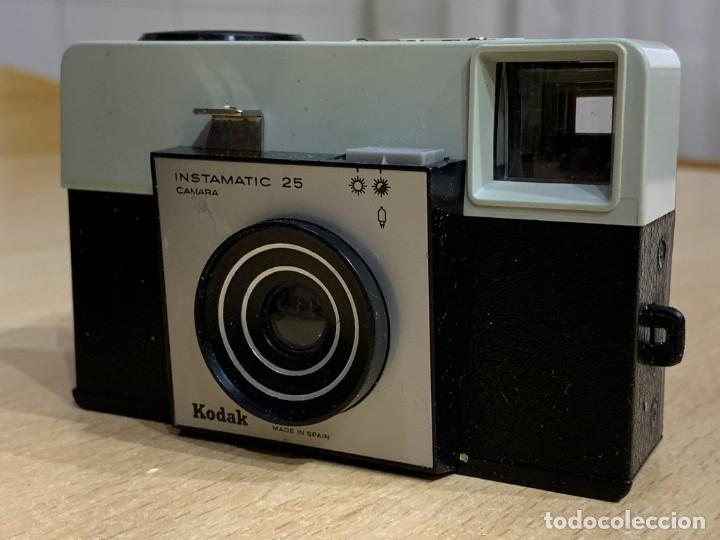 Cámara de fotos: KODAK INSTAMATIC 25 A 1 FABRICADA EN ESPAÑA - Foto 3 - 194671397