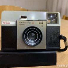 Cámara de fotos: KODAK INSTAMATIC 25 B FABRICADA EN ESPAÑA . Lote 194671942
