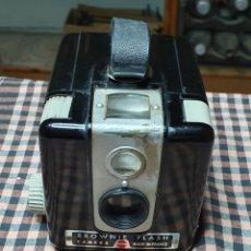 Cámara de fotos: CÁMARA FOTOGRÁFICA, BROWNIE, 3, FLASH, KODAK.. Lote 199681872