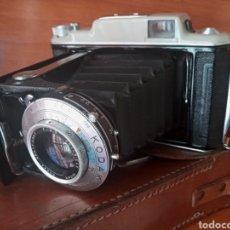 Cámara de fotos: CÁMARA FUELLE KODAK ANASTIGMAT 33 CON FUNDA PIEL. Lote 199841492