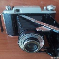 Cámara de fotos: CAMARA FUELLE KODAK B11 6X6 CON FUNDA. Lote 199937578