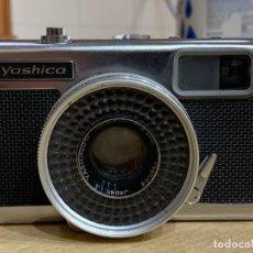 Cámara de fotos: YASHICA HALF. Lote 202861790