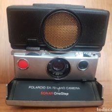 Cámara de fotos: CAMARA INSTANTANEA SLR 1972 - POLAROID SX-70 SONAR ONESTEP. Lote 210813312