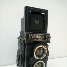 Cámara de fotos: YASHICA MAT 124 G. Lote 219211491