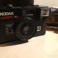 Cámara de fotos: CÁMARA FOTOGRÁFICA KODAK HOBBY. Lote 221431828