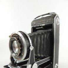 Câmaras de fotos: ANTIGUA CAMARA DE FUELLE KODAK VOLLENDA 620-COMPUR. Lote 234727050