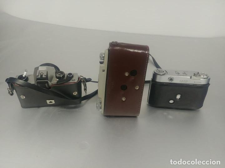 Cámara de fotos: Conjunto cámaras fotos antiguas *decoración* [Classic cameras] - Foto 2 - 236390795