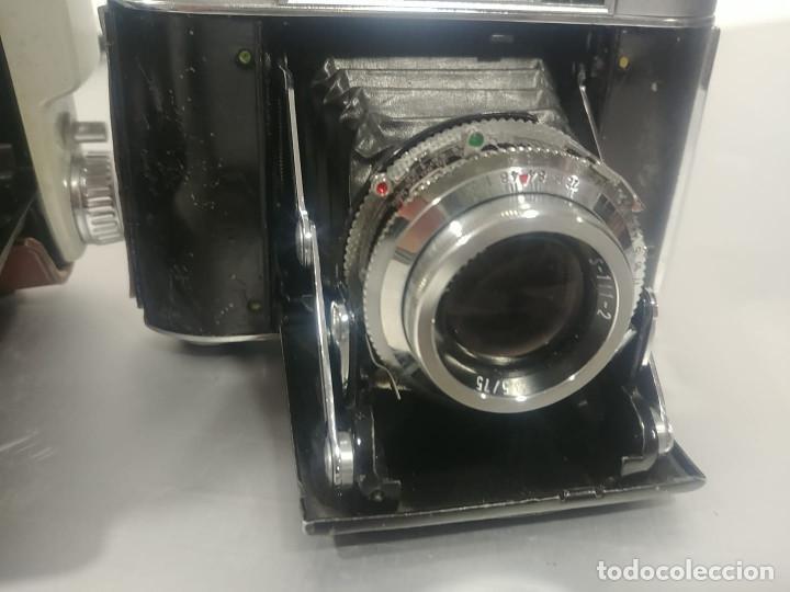 Cámara de fotos: Conjunto cámaras fotos antiguas *decoración* [Classic cameras] - Foto 5 - 236390795