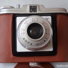 Cámara de fotos: CÁMARA AGFA ISOLA I CON FUNDA ORIGINAL DE PLÁSTICO. 1957 6X6. CON DEFECTOS. Lote 239867030