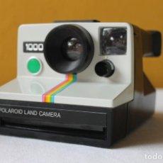 Câmaras de fotos: CAMARA POLAROID 1000 BOTON VERDE SX-70, 1977. Lote 267704849
