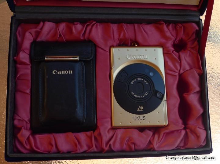 Cámara de fotos: Canon IXUS Gold Ltd Ed Anniversary 35mm APS camera with 24-48mm - Foto 3 - 270873493