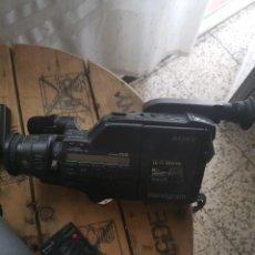 Cámara de fotos: CAMARA VIDEO SONY CCD F550 E. Lote 272123358
