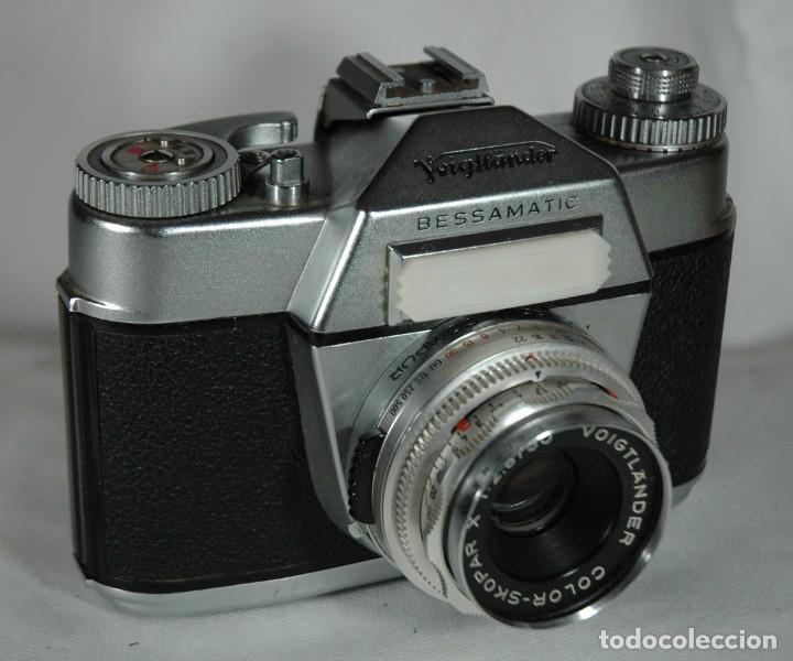 Cámara de fotos: CAMARA DE 35 MM. REFLEX VOIGTLÄNDER BESSAMATIC CON ESTUCHE EN FUNCIONAMIENTO - Foto 2 - 273195188