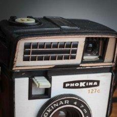 Cámara de fotos: RARA HALINA ROY 127, FABRICADA EN MACAO CON DENOMINACIÓN PHOKINA. CON FUNDA NEGRA ORIGINAL.. Lote 276221513