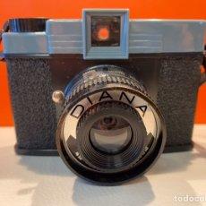 Cámara de fotos: CÁMARA DE FOTOS VINTAGE MODELO DIANA EN CAJA CON INSTRUCCIONES. Lote 281893898