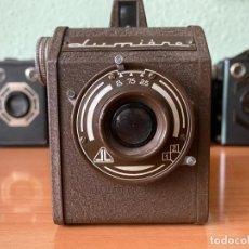 Cámara de fotos: CÁMARA LUMIÈRE LUX BOX BROWN (1952). Lote 286836223