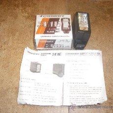 Cámara de fotos: CHERRY SHOJI CO , LTD 3016 ELECTRONIC FLASH UNIT INSTRUCCIONES CAJA TODO SIN USAR NUEVO . Lote 27715770
