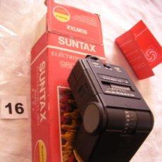 Cámara de fotos: ANTIGUO FLASH ELECTRONICO PARA CAMARAS FOTOS MODELO SUNTAX ELECTRONIC 980. Lote 38774200