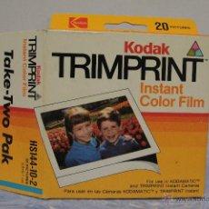 Cámara de fotos: INSTANT COLOR FILM, TRIMPRINT, KODAK, KODAMATIC, PELICULA. Lote 51430451