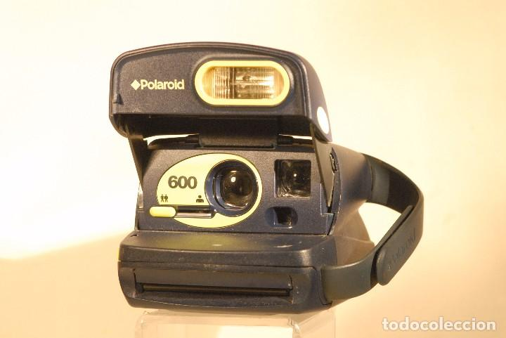 POLAROID 600 CAMARA PERFECTA (Cámaras Fotográficas Antiguas - Objetivos y Complementos )