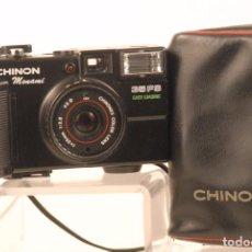 Cámara de fotos: CAMERA CHINON 35 F.S FUNDA ORIGINAL TAPA USADA. Lote 101441791