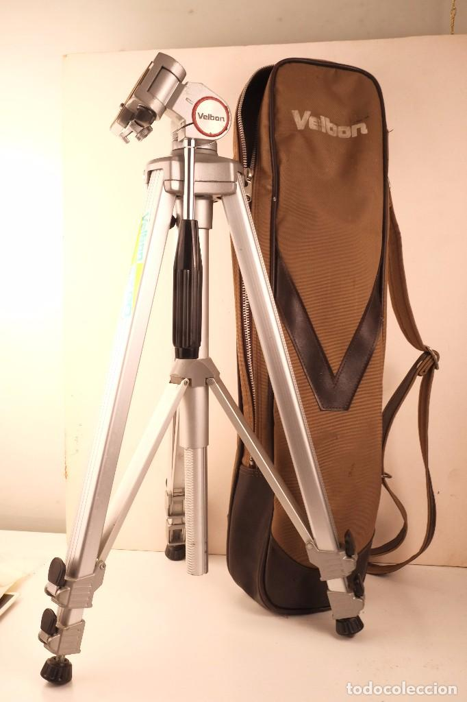 TRIPODE VELBON 3-SECIONES. CERRADO-55- ALTO -150- FUNDA EX-90 PERFECTO (Cámaras Fotográficas Antiguas - Objetivos y Complementos )