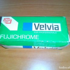 Cámara de fotos: PELICULA FUJI VELVIA RVP 120 DAYLIGHT FUJICHROME FILM.. Lote 104849031