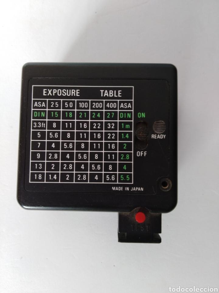 Cámara de fotos: Antiguo flash cámara fotográfica - Foto 2 - 106065706