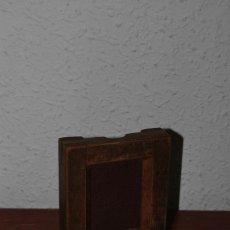 Cámara de fotos - ANTIGUO MARCO DE MADERA PARA NEGATIVOS - LABORATORIO FOTOGRÁFICO - REVELADO - 109072963