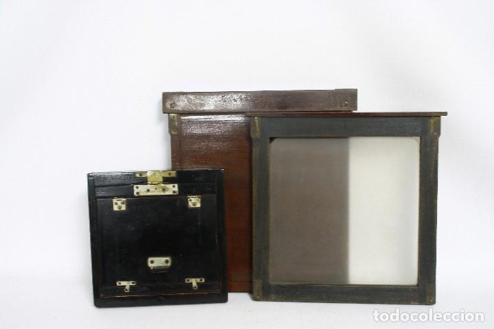 Cámara de fotos: 2 chasis para placas y un visor de madera para cámara gran formato. 1930s - Foto 2 - 113912203