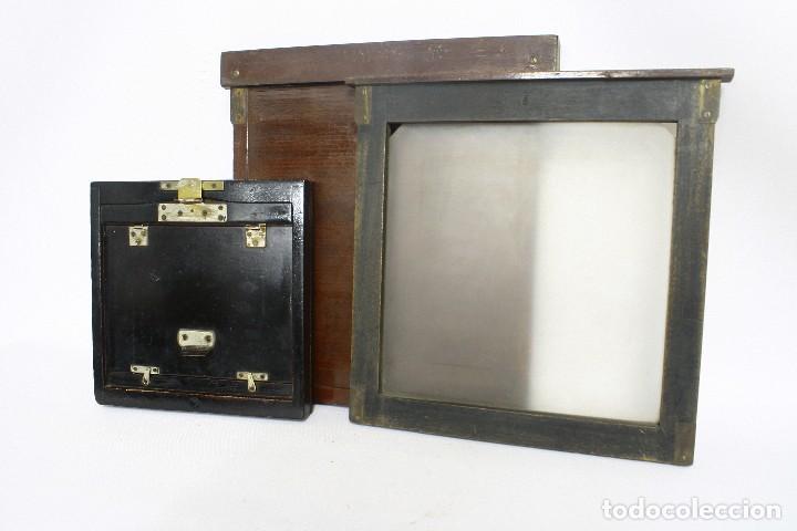 Cámara de fotos: 2 chasis para placas y un visor de madera para cámara gran formato. 1930s - Foto 4 - 113912203