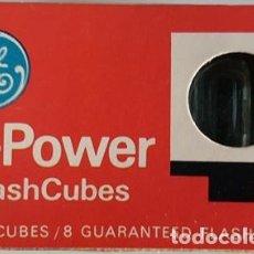 Cámara de fotos: ANTIGUO ESTUCHE DE 2 UNIDADES DE GENERAL ELECTRIC FLASH CUBES HI - POWER . Lote 120933139