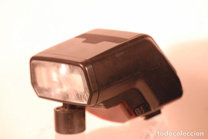 Cámara de fotos: flash minolta program 3200i. incluye funda original. - Foto 2 - 127905307