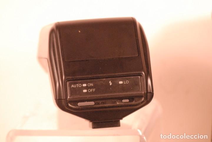 Cámara de fotos: flash minolta program 3200i. incluye funda original. - Foto 3 - 127905307