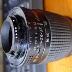 Appareil photos: NIKON 28 80 D.NUEVO SIRVE PARA DIGITALES Y ANALOGICAS AF NIKON. Lote 128438303