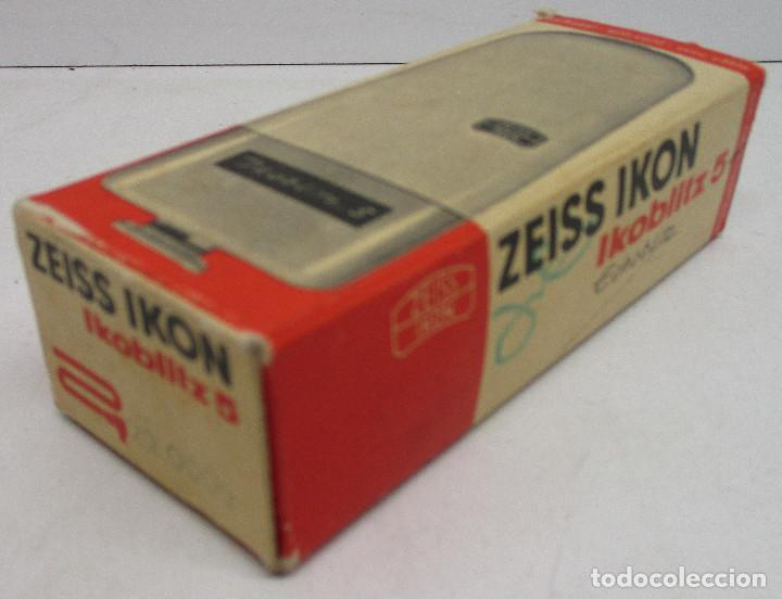Cámara de fotos: FLASH ZEISS IKON IKOBLITZ 5, CON CAJA E INSTRUCCIONES, años 60 - Foto 9 - 131338198