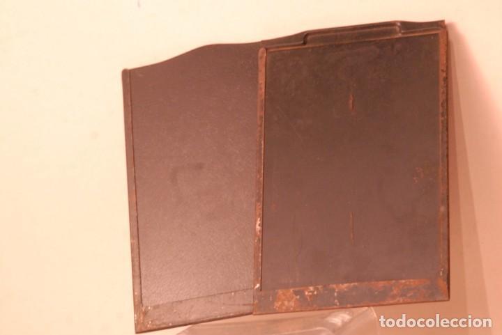 2 CHASIS METALICOS ANTIGUOS ,9X12 USADOS (Cámaras Fotográficas Antiguas - Objetivos y Complementos )