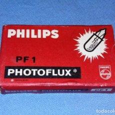 Cámara de fotos: ANTIGUAS BOMBILLAS PHILIPS PF 1 PHOTOFLUX EN BUEN ESTADO. Lote 134777582